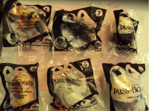 2011 Puss In Boots Happy Meal Toys Complete Set